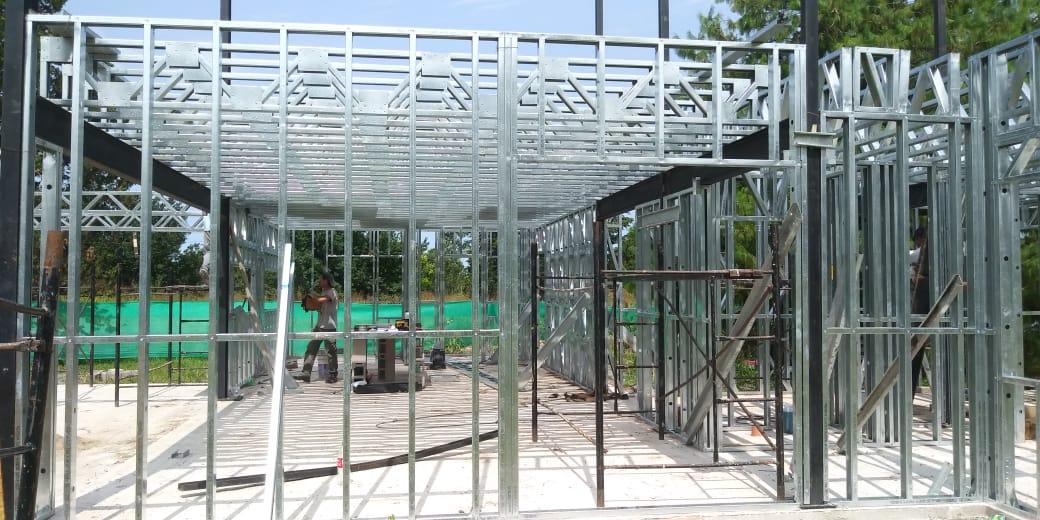 estructura de una casa con acero galvanizado